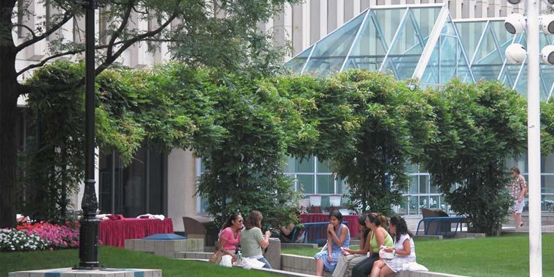 Article Image Luciana Marichelat de Argentina: cursando una licenciatura en idioma inglés en Fordham University en el campus de Lincoln Center