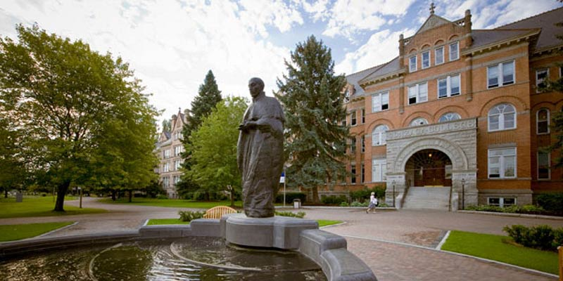 Article Image Yini Chen from China: Studying in the Master's Organizational Leadership Program at Gonzaga University