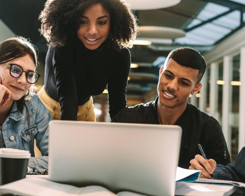 Article Image Amerikan Üniversitesi Finalleri için Uluslararası Öğrenci Kılavuzu