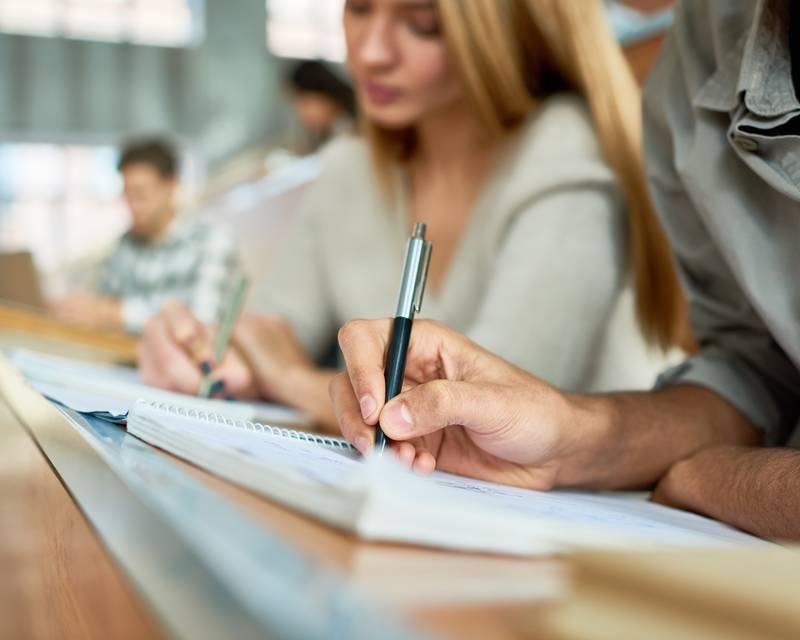 Article Image دليل الطالب الدولي لتدوين الملاحظات الرائعة