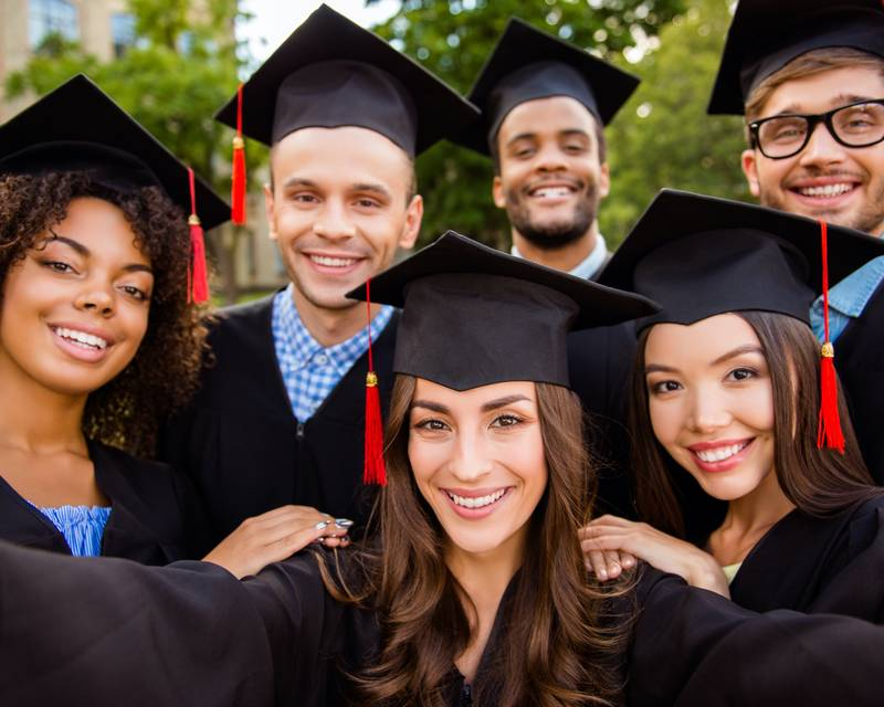 Article Image ¡No ponga su futuro en espera! ¡Comience su viaje en Bay State College!