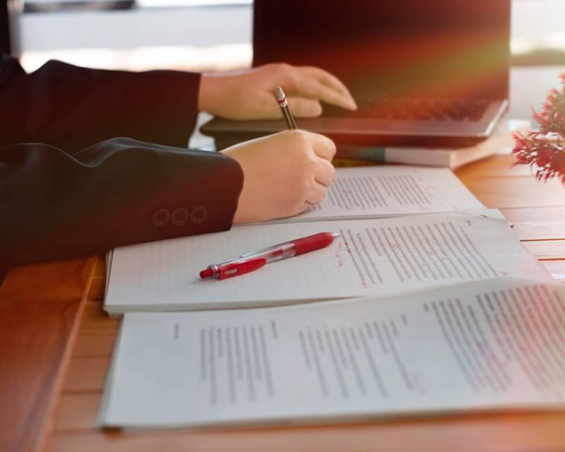 Article Image Bài luận tuyển sinh trường luật của bạn: Việc không nên làm