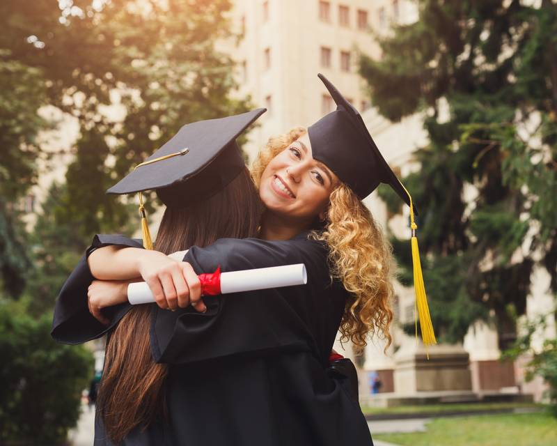 Article Image What are the differences between Undergraduate and Graduate programs?