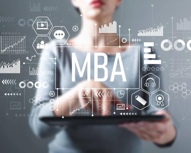 Article Image Gayle DaCosta 是 MBA 申請者和 MBA Tour 美國的參與者,她在我們的活動中分享了她的經歷以及 MBA 將如何塑造她的職業生涯。