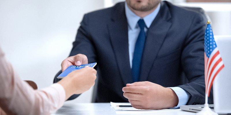 Article Image Facilite el proceso de solicitud de visa de EE. UU.