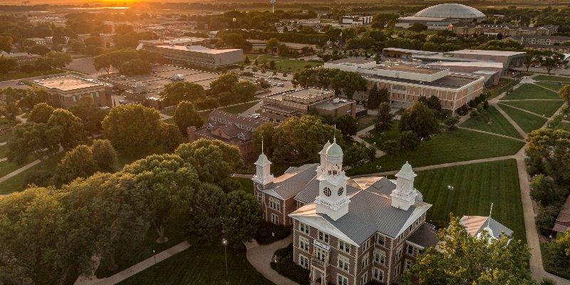 Article Image Tâm Lê đến từ Việt Nam đang là sinh viên năm cuối chuyên ngành kế toán tại Đại học Nam Dakota