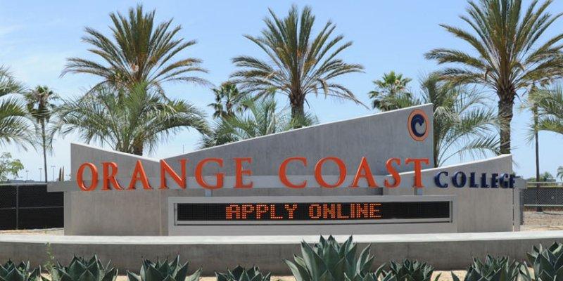 Article Image Cloris Ioanna Junges, estudante brasileira, fala sobre sua experiência no Orange Coast College onde estudou Gestão de Hospitalidade