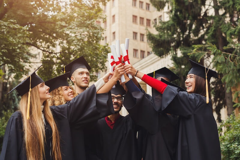 blog Image From Student Blogger, Wendy: Can I Stay in the U.S. After Graduation?