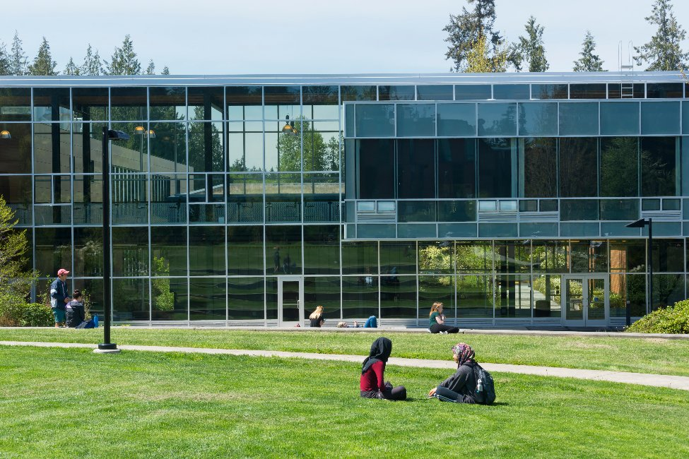 Peninsula College  gallery image0