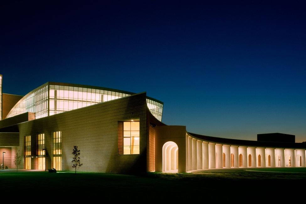 Christopher Newport University  gallery image0