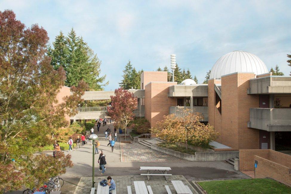 Bellevue College International Education gallery image3