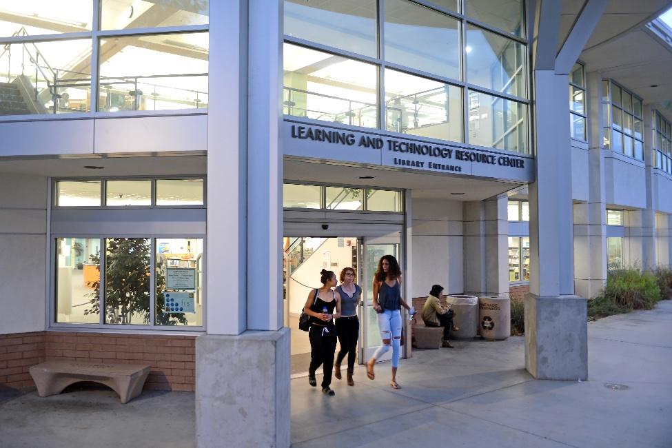 Grossmont College / ACE American Collegiate English   gallery image8
