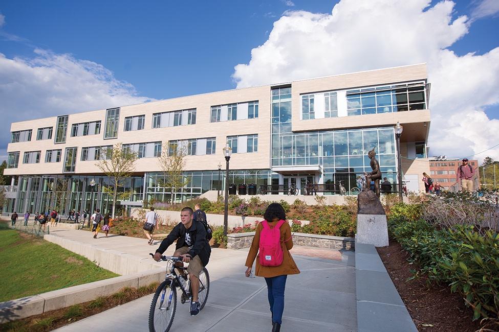 University of Massachusetts Amherst – International Program  gallery image5