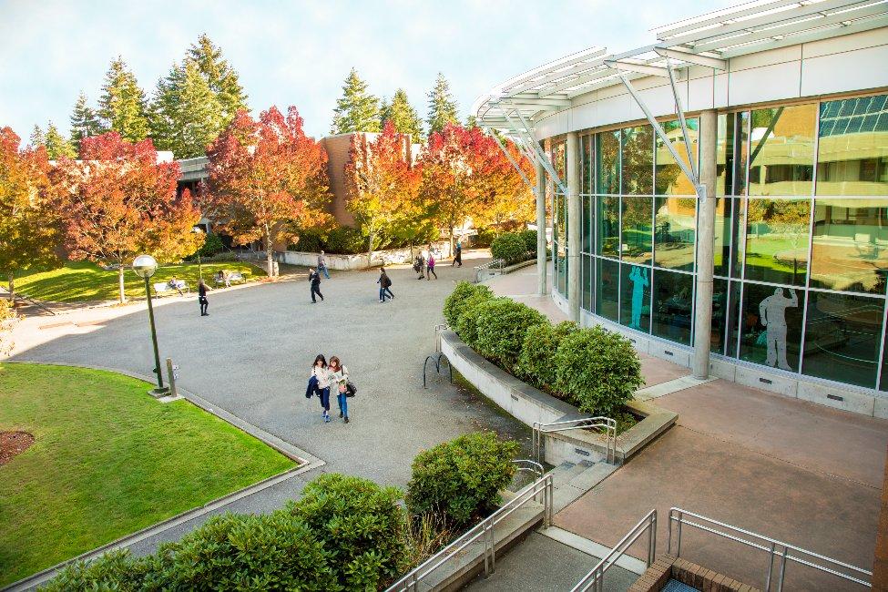 Bellevue College International Education gallery image1